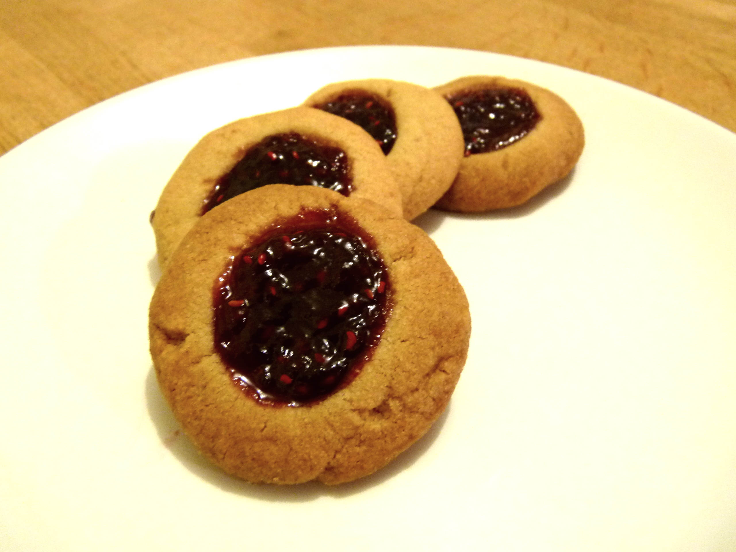 Raspberry thumbprint cookies | The Bloody Frog