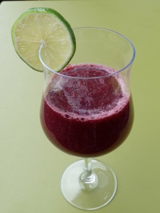 Blackberries Apples and lime Smoothie_2