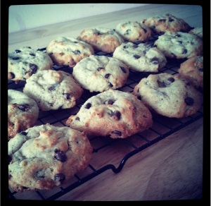 banana_and_chocolate_chips_cookies